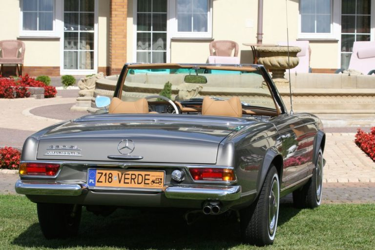 MERCEDES-BENZ 230SL 1966