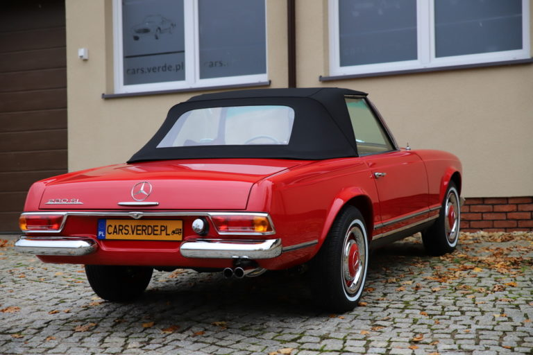 MERCEDES-BENZ 230SL 1966