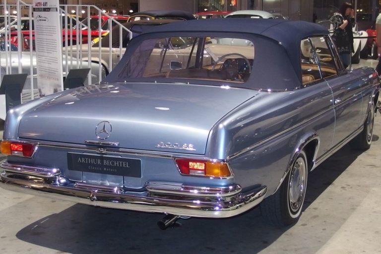 MERCEDES-BENZ 300SE W112 1967